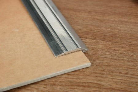 Lino edge door trim
