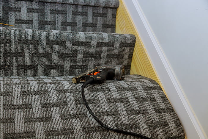 Fit Carpet on the Stairs Banner